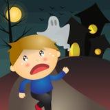 Мальчик и страшный преследовать особняк иллюстрация штока