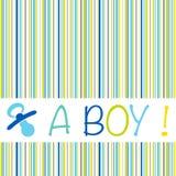 Мальчик карточки объявления рождения младенца newborn с striped картиной Стоковые Изображения RF