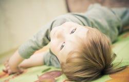 мальчик меньший портрет Стоковые Фотографии RF