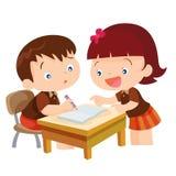 Мальчик милой девушки уча Стоковые Фото