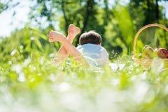 Мальчик на пикнике Стоковая Фотография RF