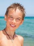 Мальчик на пляже Стоковые Фотографии RF