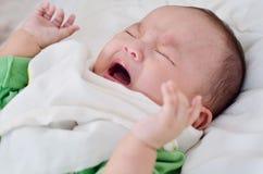 мальчик плача немного Стоковая Фотография