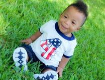 Мальчик снаружи Стоковая Фотография