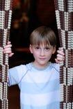 Мальчик с занавесом смертной казни через повешение стоковое фото rf