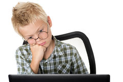 мальчик с компьтер-книжкой Стоковая Фотография RF