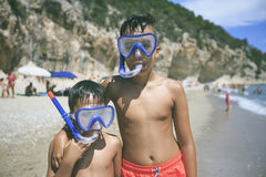 Мальчик с snorkeling маской Стоковые Фотографии RF