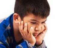 Мальчик унылый и выкрик Стоковое Фото