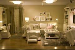 Мебельный магазин живущей комнаты стоковое изображение rf