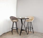 Мебель бистро как внутренняя мебель стоковые фото