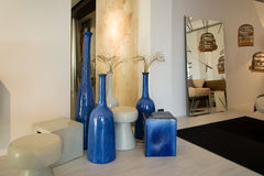 Мебель в роскошных кухне и спальнях Стоковые Изображения