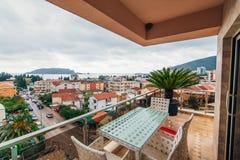 Мебель на балконе квартиры Стоковое Изображение