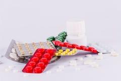Медицина пилюлек & медицина пилюлек капсулы & antibiotics2 Стоковые Изображения RF