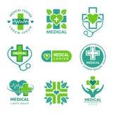 Медицинские логотипы Клиника фармации медицины или крест больницы плюс символы вектора здравоохранения конструируют шаблон иллюстрация вектора
