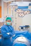 Медицинский доктор или хирургия врача в комнате деятельности с светом Стоковая Фотография
