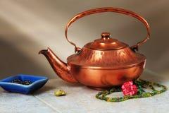медная жизнь чайника все еще Стоковые Фото