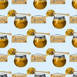 Мед вектора пчелы пасеки нарисованный рукой винтажный делая продуктом природы иллюстрации beekeeper фермера безшовную картину Стоковое Фото