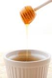 Мед в шаре Стоковая Фотография RF