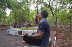 Международный день йоги стоковые изображения