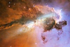 Межзвёздные облака и много звезд в космическом пространстве r иллюстрация штока