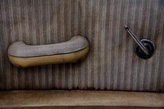 Межкомнатная дверь старого винтажного автомобиля стоковое изображение