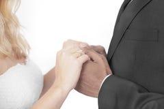 Межрасовая свадьба пар Стоковые Изображения