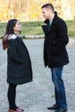 Межрасовый говорить пар внешний Стоковое Изображение RF