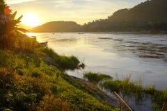 Меконг с заходом солнца Стоковое Изображение