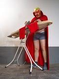 Мексиканский борец утюжа его колготки Стоковая Фотография RF