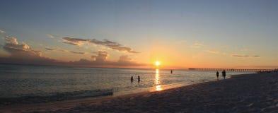 Мексиканский залив Флориды пляжа Панама (город) захода солнца иллюстрация вектора