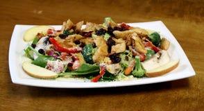 Мексиканский салат сада цыпленка и Яблока Стоковые Фотографии RF