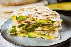 Мексиканский quesadilla авокадоа стоковые фотографии rf