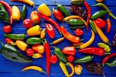 Мексиканское смешивание перцев горячего chili красочное Стоковая Фотография