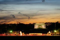 Мемориал Lincoln на заходе солнца Стоковые Фото