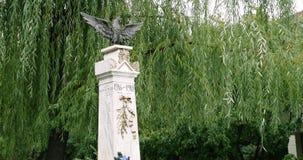 Мемориал в Otopeni сток-видео