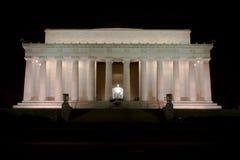 Мемориал Линкольна в DC Вашингтона на ноче Стоковое Фото