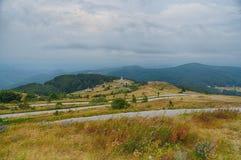 Мемориальный взгляд Shipka в Болгарии стоковые изображения