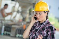 Менеджер цемента получая звонок Стоковые Изображения RF