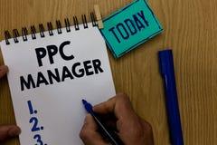 Менеджер Ppc текста сочинительства слова Концепция дела для которой рекламодателя оплачивают гонорар each time одно их объявлений стоковые изображения