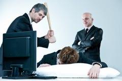 Менеджер и босс открывают ленивого работника Стоковые Фотографии RF
