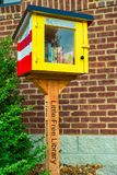 Меньшая бесплатная библиотека Стоковая Фотография