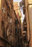 Меньшая улица в Барселоне Стоковое Изображение RF