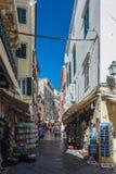 Меньшая улица в городке Корфу Стоковые Фотографии RF