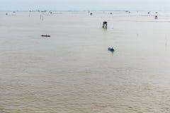 Меньшая хата в море на челке Taboon, Phetchaburi, Таиланде Стоковые Изображения