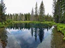 Меньшее озеро кратера, Орегон Стоковые Изображения