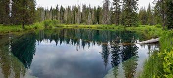 Меньшее озеро кратера, Орегон Стоковое фото RF