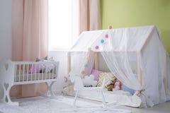 Меньший дом для младенца стоковые фотографии rf