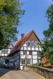 Меньший половинный timbered дом в историческом городе Tecklenburg стоковое фото rf