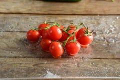 Меньший томат стоковые фото