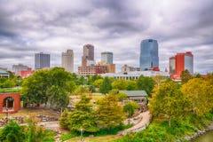 Меньший утес, горизонт города Арканзаса стоковые изображения rf
